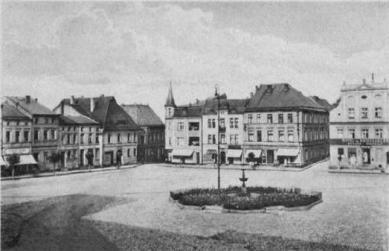 Rynek w Krapkowicach_1925.jpeg