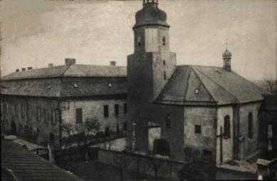 Stare pocztówki-Krapkowice_kościół św.Mikołaja.jpeg